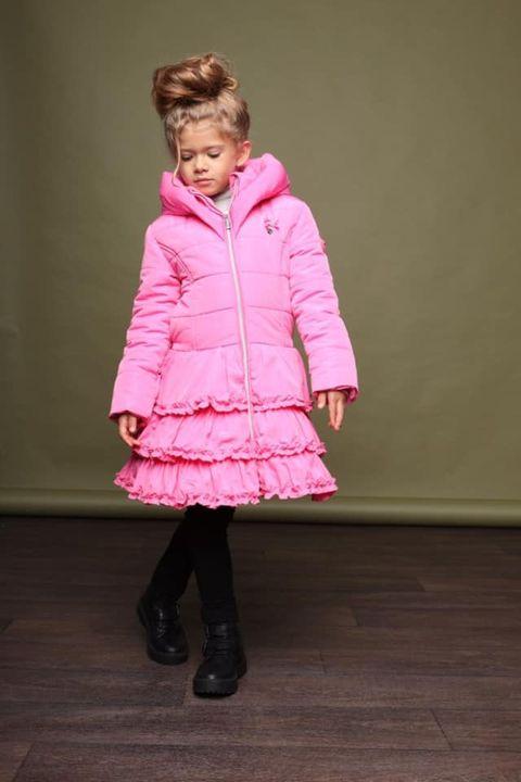 Deze prachtige winterjassen van Le Chic zijn nu in alle maatjes te bestellen! 🤩Vandaag bestellen = zaterdag in huis 😍Daa...